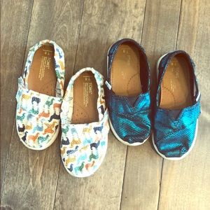 2 Pairs of Toms. Shimmery Peacock Blue and Llama